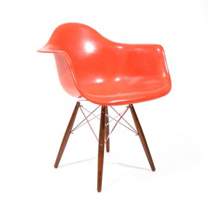 Eames Dowel Red