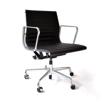 Original Herman Miller, Ray & Charles Eames Leather Office Chair EA 117