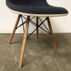DSS Gestoffeerde Dowel Base Chair in Lavendel, Ray & Charles Eames